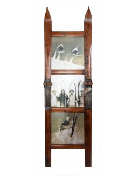 Three Panel Vintage Style Ski Frame / Cadre de ski vintage à trois panneaux / Vintage Skirahmen für drei Fotos