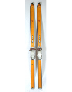 "ERBA ""LIMEX ET17"" Skis (Unrestored)"