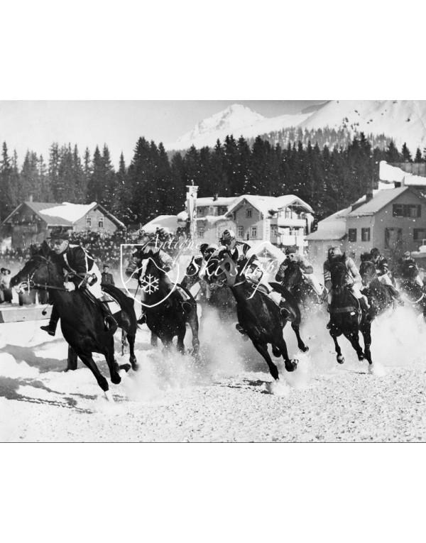 Vintage Mountain Photo - Horse racing Arosa