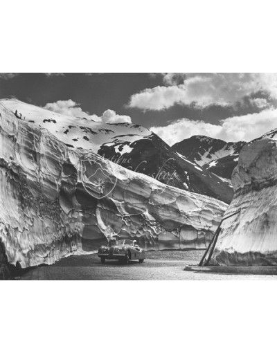 Vintage Car Photo - Jaguar on the Arlberg Pass