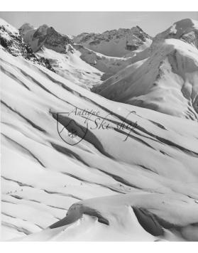 Vintage Ski Photo - Skiers Climbing in Zürs, Austria