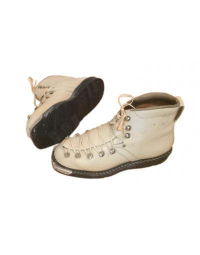 Vintage cream colored ladies ski boots