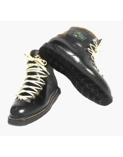 """Ski Boots """"Slalom International"""""""