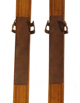 Classic Antique Skis