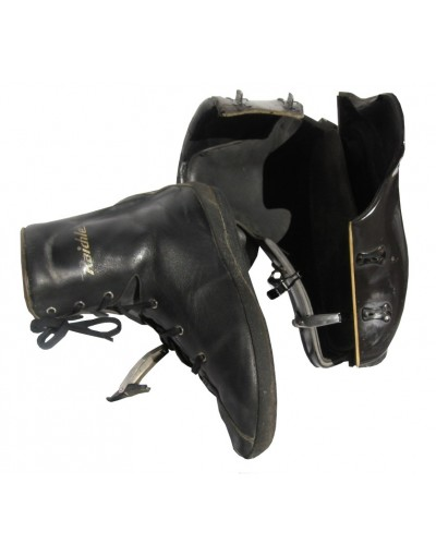 """RAICHLE"" Ski Boots"