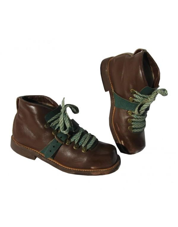 """Z"" Ski Boots"